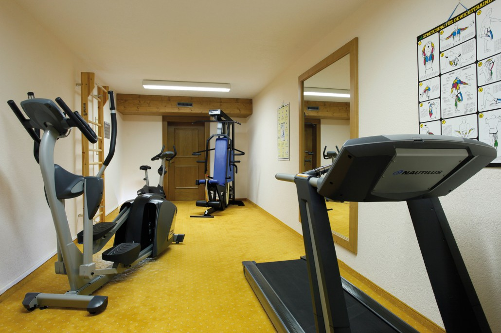 Fitness room - stay alive!